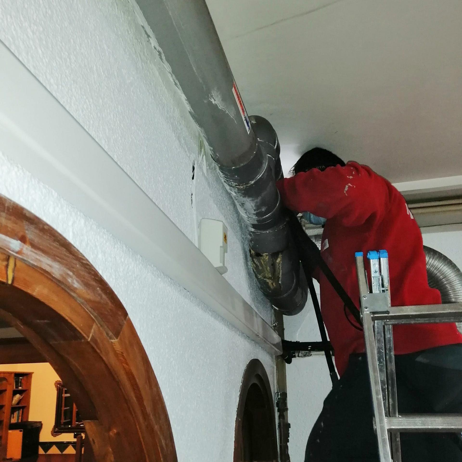 Reparación y mantenimiento de bajantes y arquetas en Barcelona